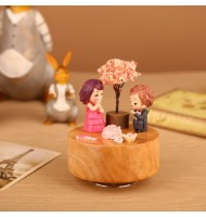 [Defect] DIY Wedding Type Cartoon Scene Rotating Wooden Music Box AB1911
